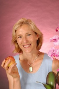 jeanne w pink apple